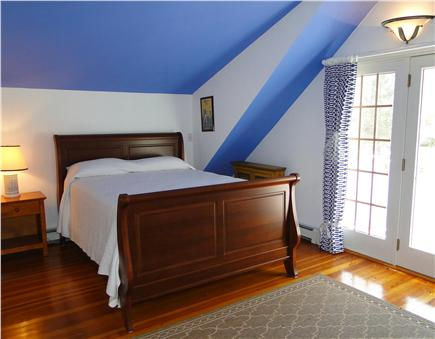 Dennis Cape Cod vacation rental - Separate queen bedroom with private bath – Jacuzzi tub