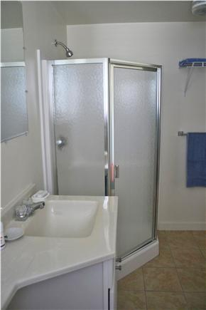Provincetown Cape Cod vacation rental - 3rd floor full bath w/shower