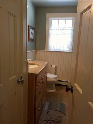 Brewster Cape Cod vacation rental - First floor half bath