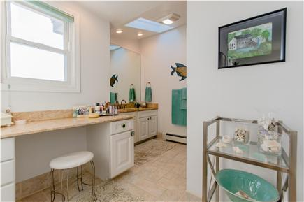 Plymouth MA vacation rental - Master bathroom