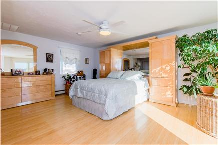 Plymouth MA vacation rental - Second bedroom with queen bed