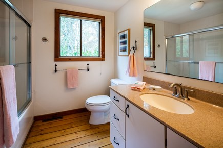 Orleans Cape Cod vacation rental - Full bathroom with tub/shower combo