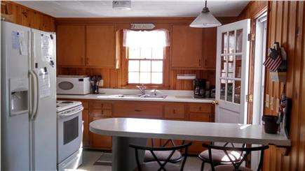 Mashpee, Popponesset Cape Cod vacation rental - Fully Equiped Kitchen (coffee maker, microwave, blender)