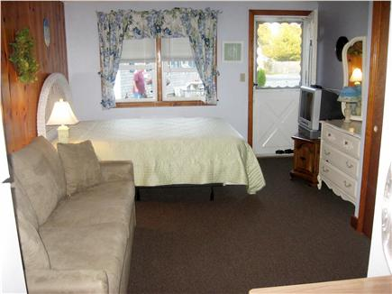 Dennis Cape Cod vacation rental - Bed to front of unit