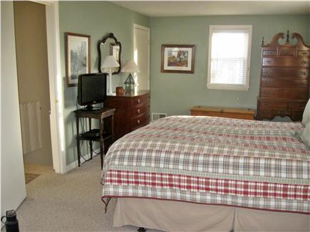 Mashpee, Popponesset Cape Cod vacation rental - Master Bedroom (Sitting Area in back) - Queen Bed