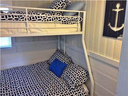 Dennisport Cape Cod vacation rental - Twin over Full Bunk Beds