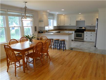 Mashpee, Popponesset Cape Cod vacation rental - Modern, spacious dining and kitchen areas