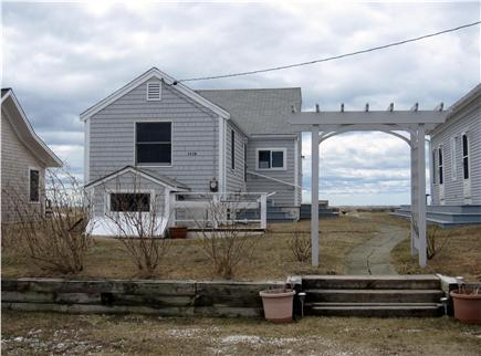 North Truro - Beach Point Cape Cod vacation rental - Looking at the house from the parking area