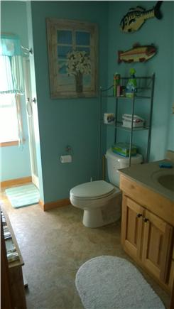 Harwichport Cape Cod vacation rental - Upstairs bathroom