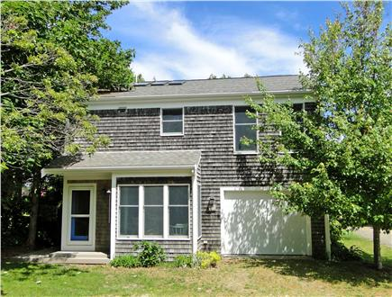 Brewster Cape Cod vacation rental - Front of cottage from road