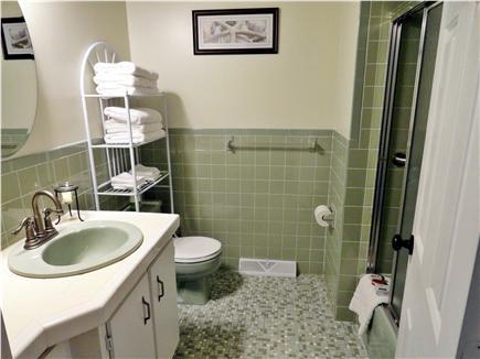 Dennis Cape Cod vacation rental - Full Bath