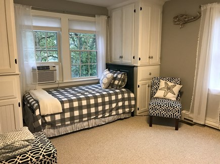 Seconsett Island, Mashpee Cape Cod vacation rental - 3rd bedroom - 2 twin beds with 2 trundle beds tucked beneath