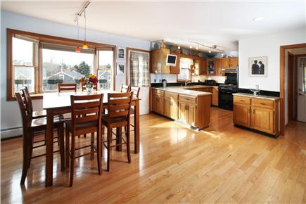 Provincetown Cape Cod vacation rental - Dinning Room/Kitchen
