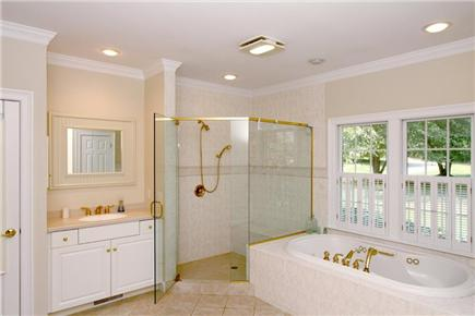 Brewster Cape Cod vacation rental - 1st Floor Master Bath w/ Jetted Tub