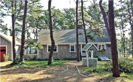 S. Wellfleet Cape Cod vacation rental - View of the house from the front