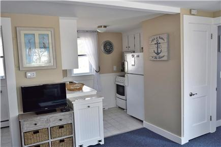 Barnstable, Coast of Hyannis Cape Cod vacation rental - The fully equiped kitchen has everything you need.