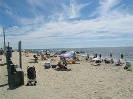 Dennis Port Cape Cod vacation rental - Glendon Road Beach just 3/10's mile away!