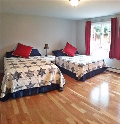 Pleasant Lake Harwich Cape Cod vacation rental - Large bedroom #2 with 2 Double beds