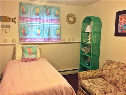 Hyannis Cape Cod vacation rental - Twin Bedroom #4 (Mermaid Room)