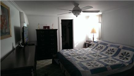 Harwichport Cape Cod vacation rental - Queen bedroom
