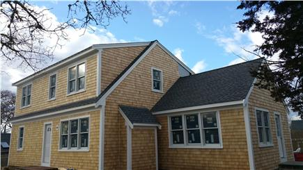 Harwichport Cape Cod vacation rental - 4+ Bedroom House w/large kitchen, living and sun room