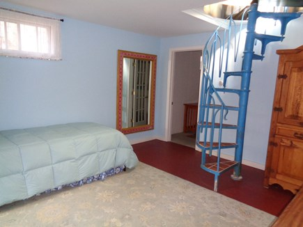 Wellfleet Cape Cod vacation rental - Twin Trundle on the Lower Level Walkout