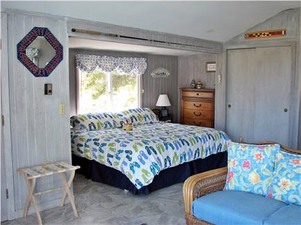 Wellfleet, Lt Island Cape Cod vacation rental - King bed in inlaw cottage
