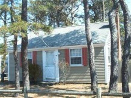 Dennis Port Cape Cod vacation rental - Front view of cottage