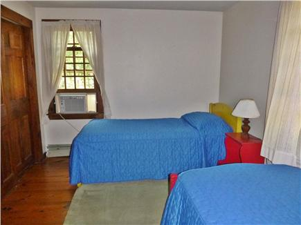Wellfleet Cape Cod vacation rental - Upstairs Bedroom with two twins