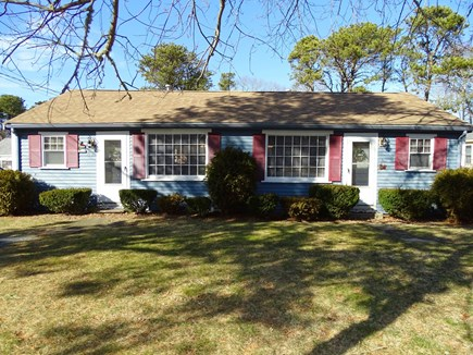 South Yarmouth Cape Cod vacation rental - Quaint roomy cottage, with two entrances, close to every thing!