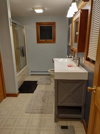 Eastham Cape Cod vacation rental - Upstairs Master bath