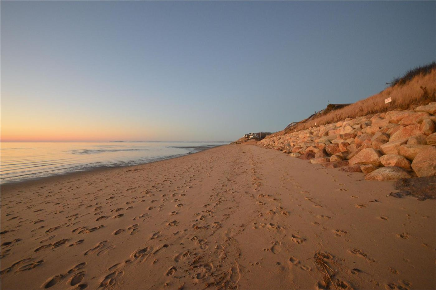 Cape Cod Rentals Near Campground Beach