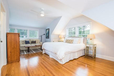 North Chatham, Half a mile to  Cape Cod vacation rental - Spacious 2nd floor master (King) en suite