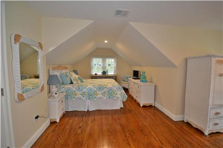 Osterville Osterville vacation rental - 1st floor guest room