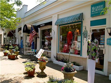 Osterville Osterville vacation rental - Dining & shopping at your fingertips.