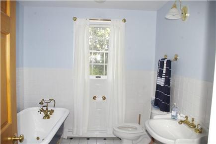 Eastham Cape Cod vacation rental - Bath with tub only