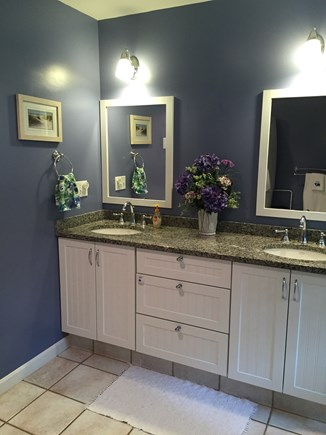 Dennis Cape Cod vacation rental - Convenient double sink