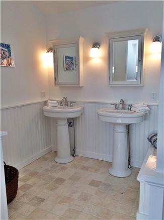 Wellfleet Cape Cod vacation rental - Master bath - double pedestal lavs - medicine cabinets above