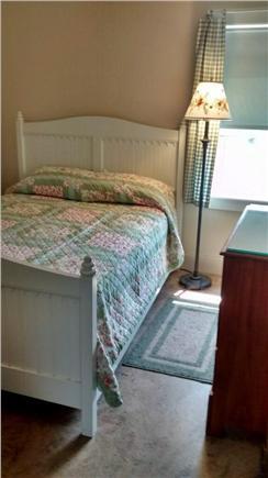 Sagamore Beach Sagamore Beach vacation rental - Beige bedroom pictures full bed, but recent upgrade to queen.