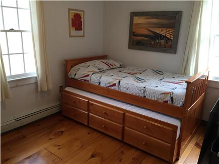 West Yarmouth Cape Cod vacation rental - Trundle bed with two twin beds and drawers