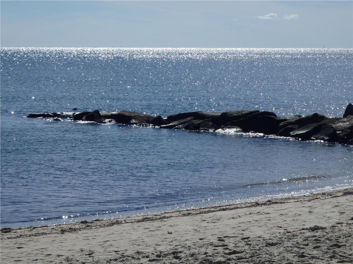 Surprising Dennis Vacation Rental Home In Cape Cod Ma Private Beach Home Interior And Landscaping Spoatsignezvosmurscom