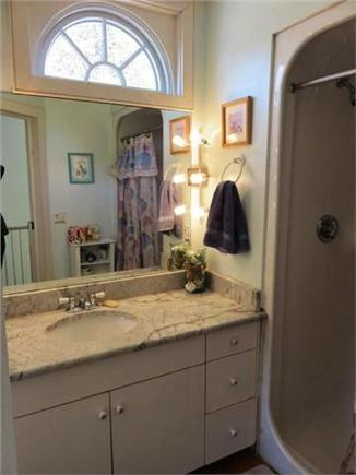 New Seabury, Mashpee New Seabury vacation rental - Second Floor Bathroom