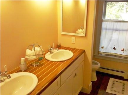 Chatham Cape Cod vacation rental - 2.5 Full Bathrooms and one enclosed outdoor shower
