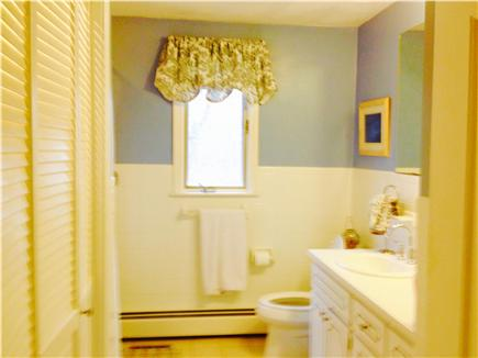Centerville Centerville vacation rental - Bathroom/ HE Laundry