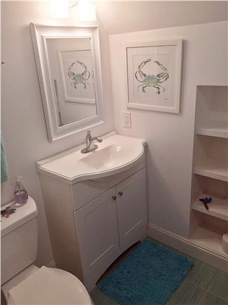New Seabury New Seabury vacation rental - Guest bath with full tub.