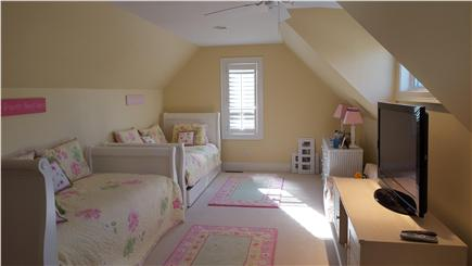 Osterville Osterville vacation rental - Bedroom with 2 twin beds (plus 2 trundle beds) and TV/DVD