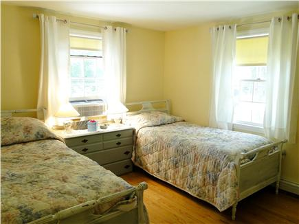 Brewster Cape Cod vacation rental - Twin beds