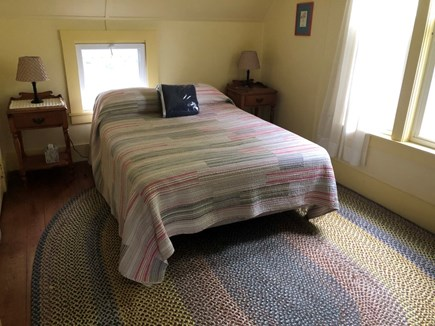 Falmouth, Menauhant Cape Cod vacation rental - Yellow room, queen bed