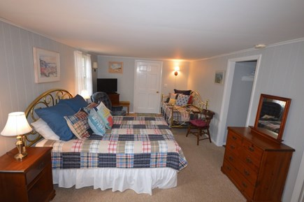 Orleans Cape Cod vacation rental - Cozy studio with Queen and Twin bed