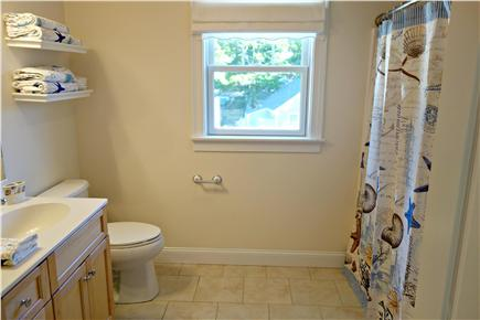 South Yarmouth Cape Cod vacation rental - Well-appointer Full Bathroom